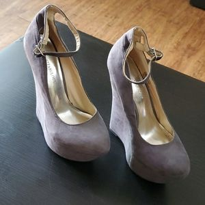 Gray suede wedges size 6